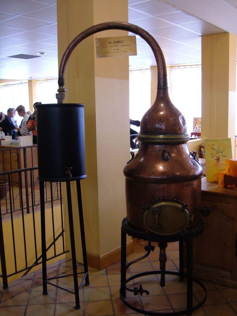 perfume distillation