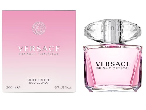 Versace: Bright Crystal a floral scent
