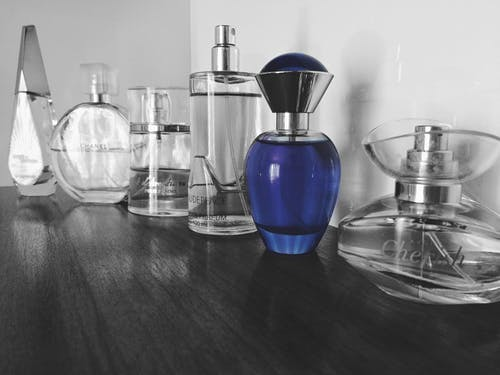 You are currently viewing 15 Best Perfume for Women in the World (2021)