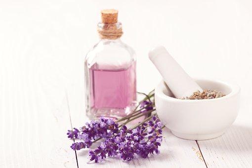 Perfume Hacks – Make Your Perfume Last Longer