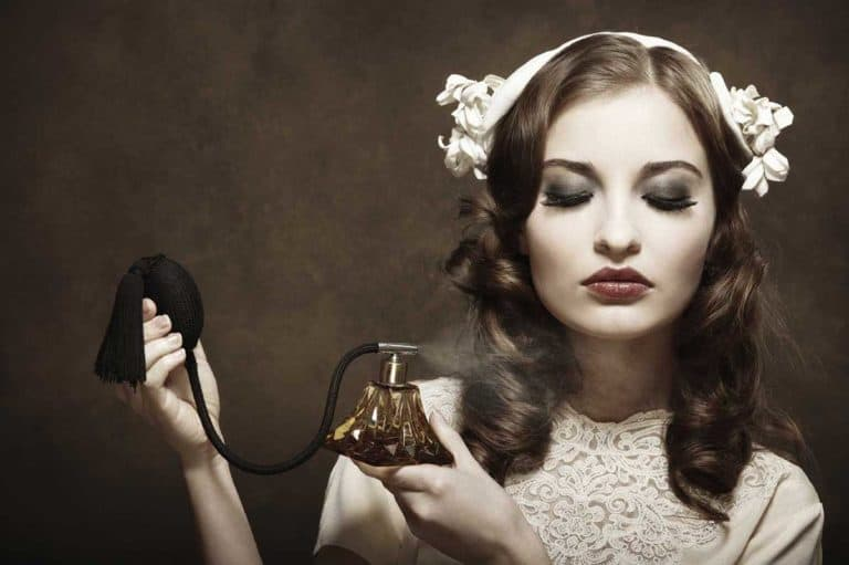Read more about the article What are the Myths and Truths About the Use of Perfumes ?