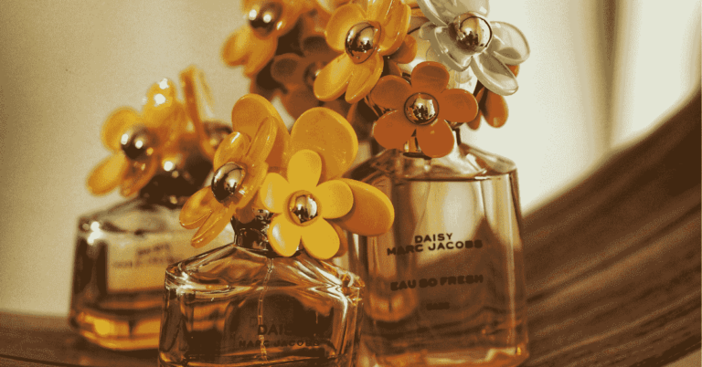 Read more about the article What to Do with Old Perfume Bottles-Reuse Empty Perfume Bottles