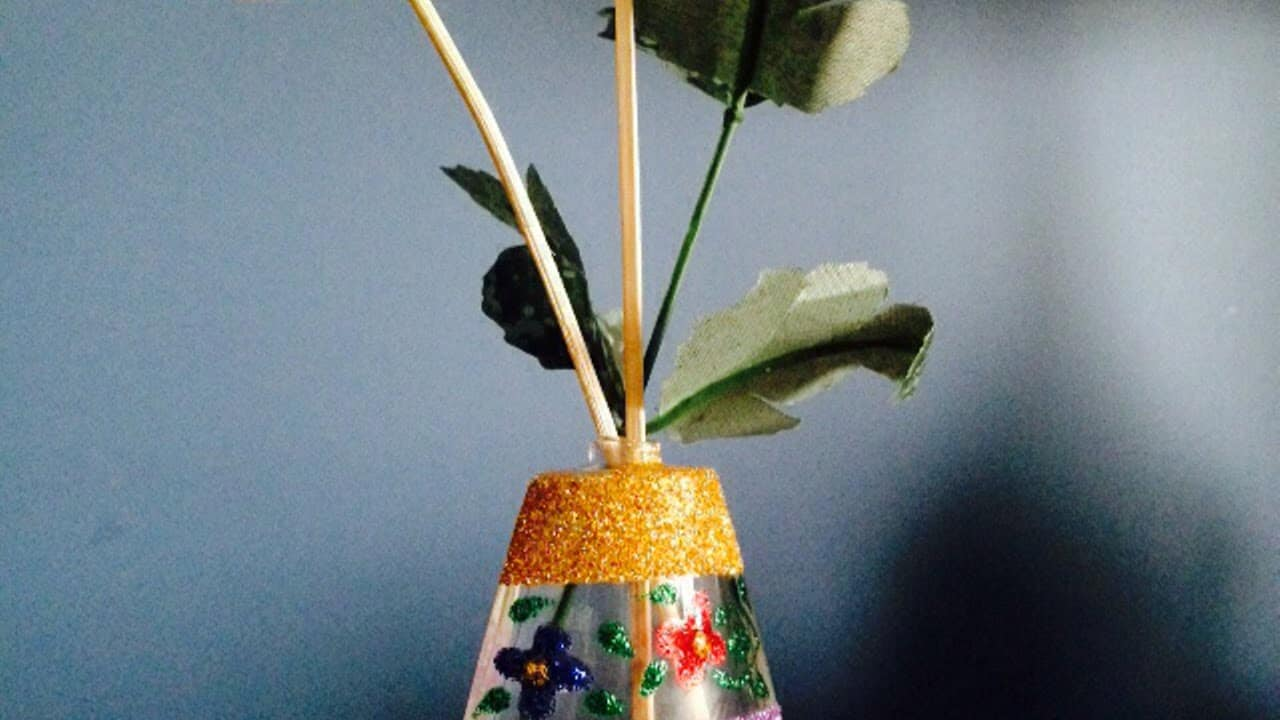 How to Recycle Old Perfume Bottles – Decorate Perfume Bottles